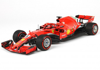 BBR181805CAN_Ferrari_SF71_1